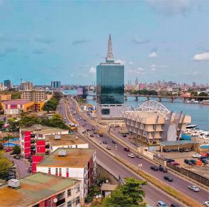 Lagos 02