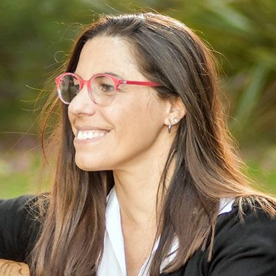 宝拉·科里利亚诺